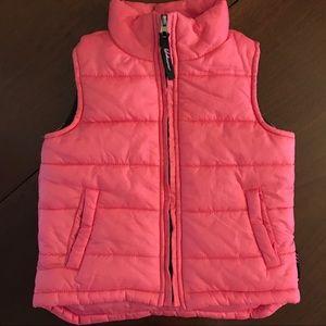 Weatherproof Girl's Vest in Size 3T.